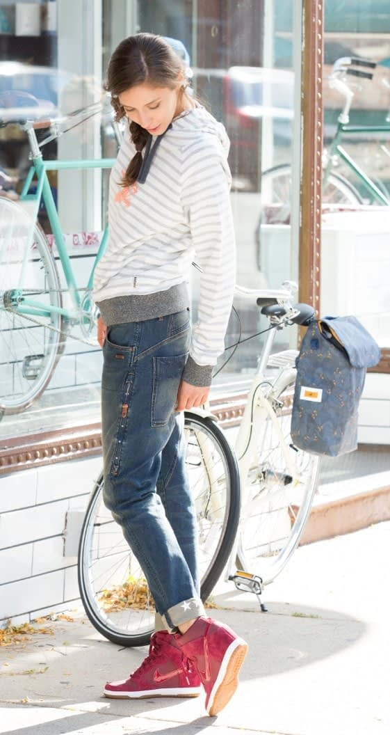 Bonnie Cycling Jeans in a Tomboy fit.