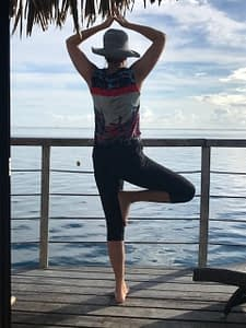 Tropical Cycling Gear Test - Yoga in the bungalow on Moorea